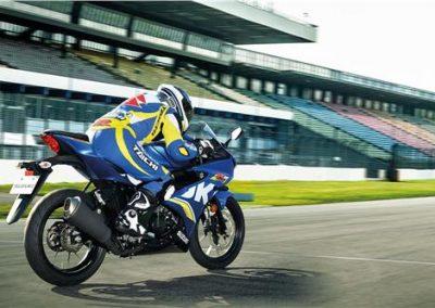 Moto_Schindler_Steffisburg_Suzuki_GSX_125_R (21)