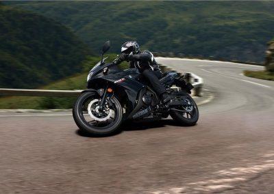 Moto_Schindler_Steffisburg_Suzuki_GSX_250_R