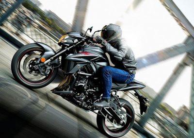 Moto_Schindler_Steffisburg_Suzuki_GSX_S750Z (17)