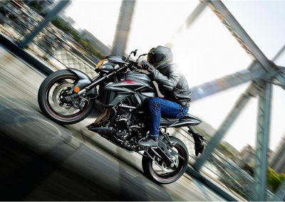 Moto_Schindler_Steffisburg_Suzuki_GSX_S750Z (3)
