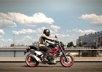 Moto_Schindler_Steffisburg_Suzuki_SV650 (1)